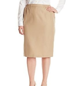 New With Tags Size 24W Beige Dress Skirt